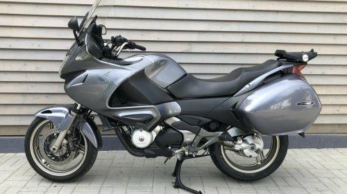 Honda NT700V (JÓ)